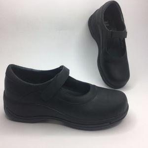 Dansko Mary Jane Leather Black Balance Clogs 39